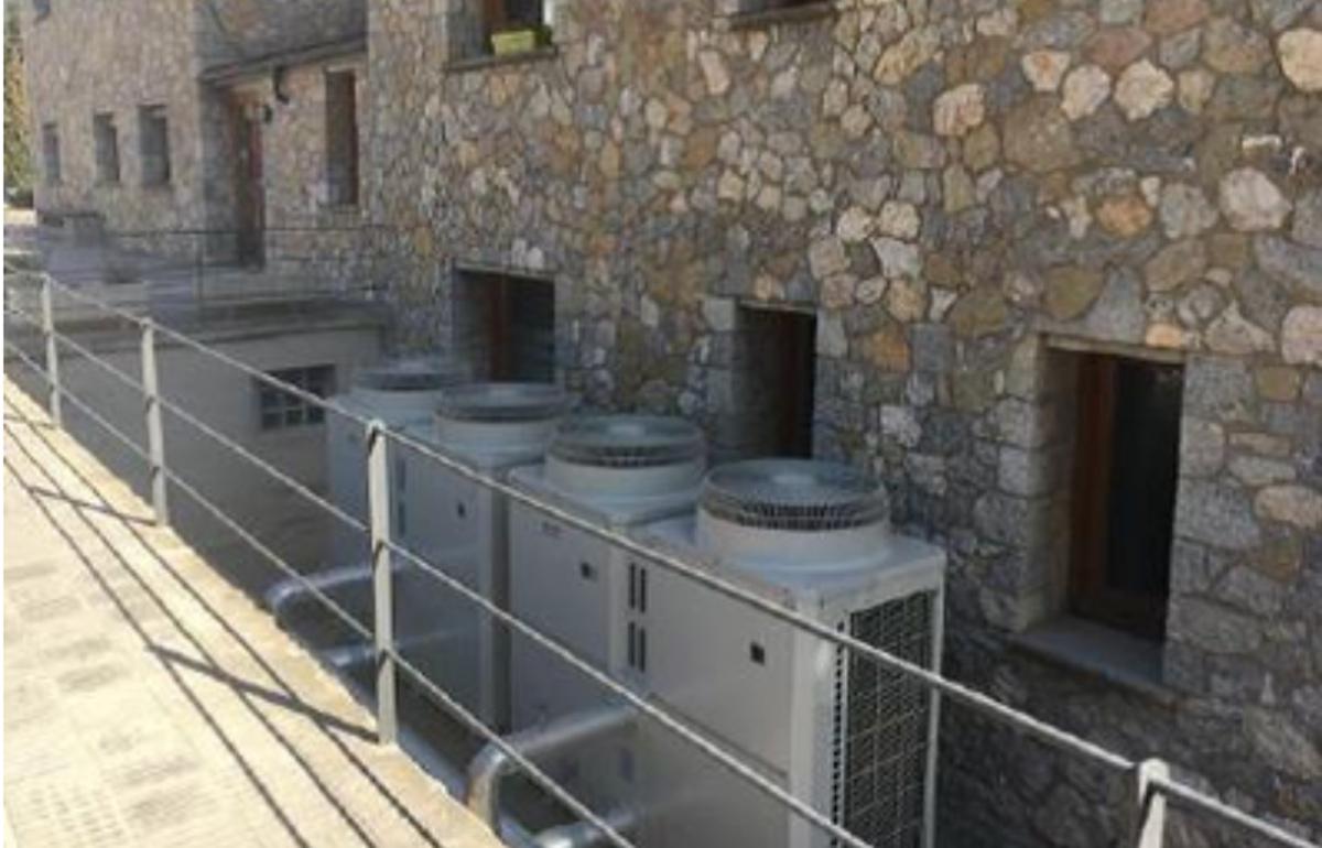 Bombes de calor aerotèrmiques instal·lades per la Fundació La Vall en el marc del Programa de compensació