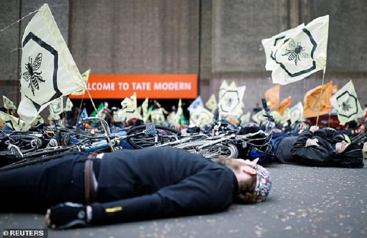 Manifestants d'Extinction rebellion a Londres (C) Reuters
