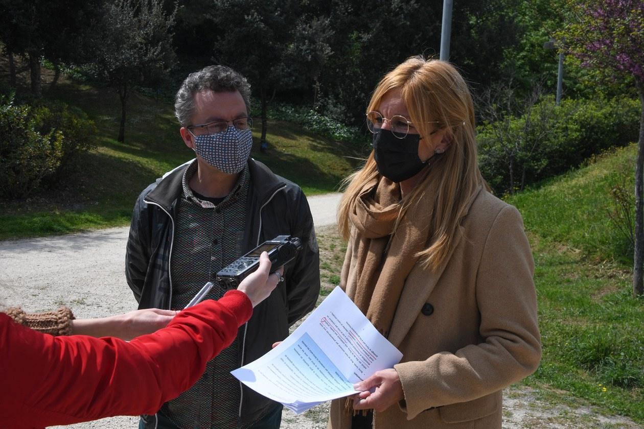 L'alcaldessa i el regidor, durant la presentació de la programació (foto: Ajuntament de Rubí – Localpres)