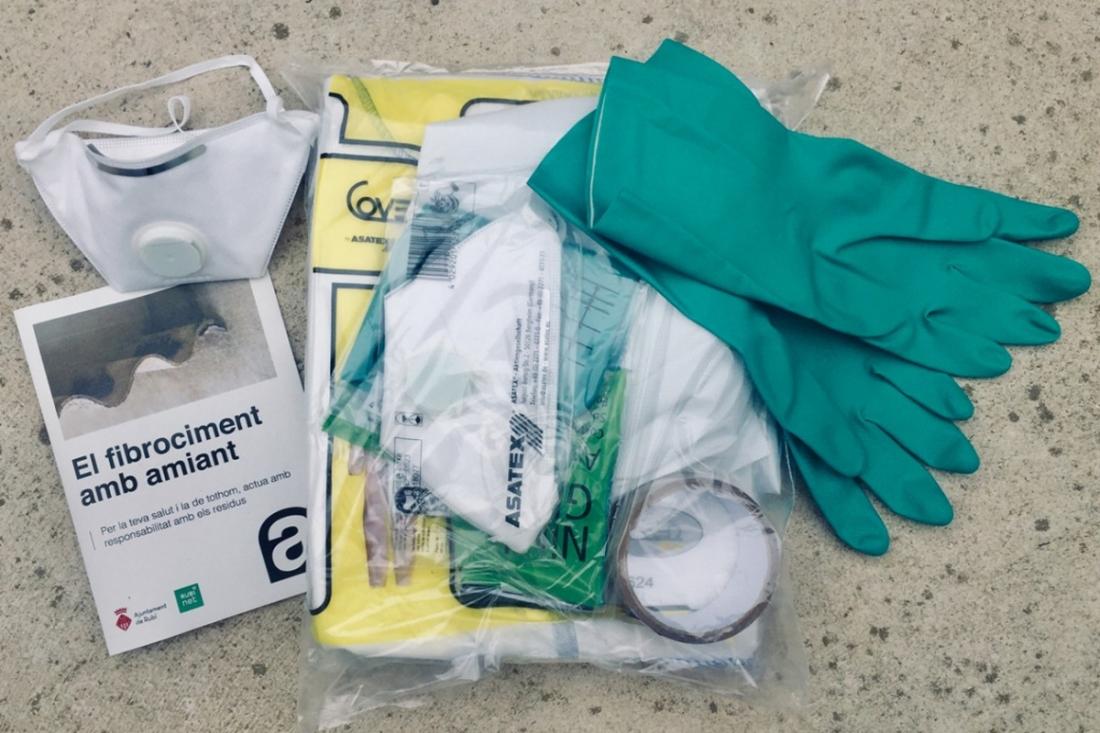El lot de prevenció de riscos per retirar residus de fibrociment | Ajuntament de Rubí