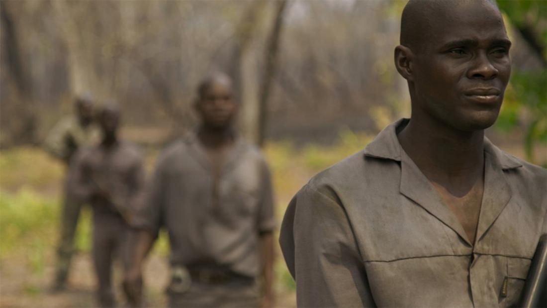 """Imatge del film """"En la línea del frente: los guardabosques del Parque Nacional de Gorongosa"""","""""""