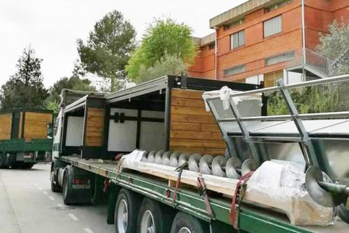 Comença la instal•lació de la caldera de biomassa que permetrà tenir energia sostenible amb biomassa de les muntanyes.