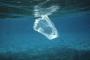Bossa de plàstic surant al mar | ADMINISTRACIÓ NACIONAL OCEÀNICA I ATMOSFÈRICA